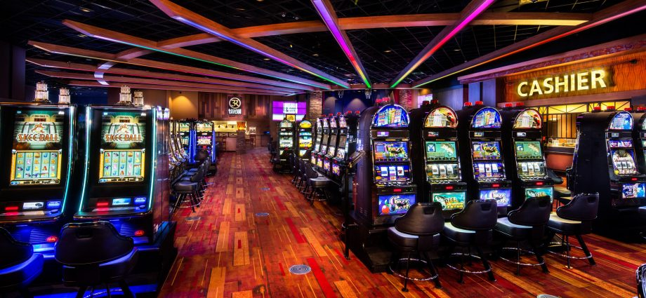 What The In-Crowd Won't Inform You About Online Gambling